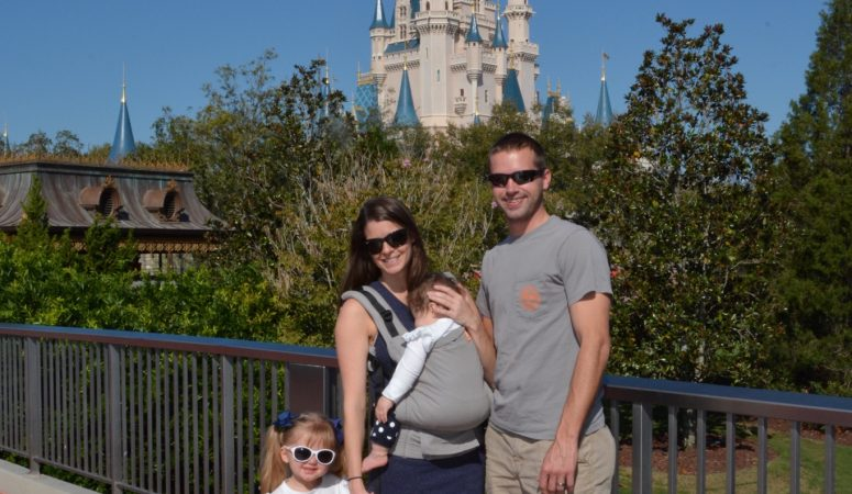 Disney World – 10 Tips and Tricks to Save Tons of $$$