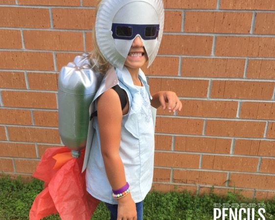 Create Fun Solar Eclipse Masks, Jet Packs, Free Name Tags, & More!