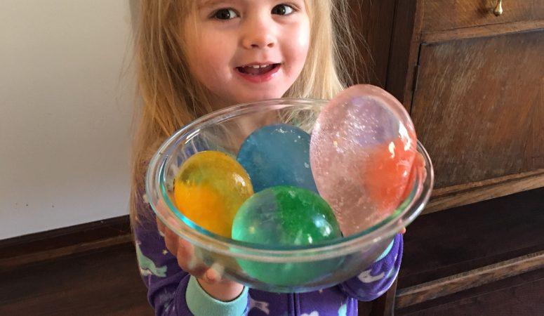 5 Fun Ideas and Activities to Enjoy the Snow with Kids!
